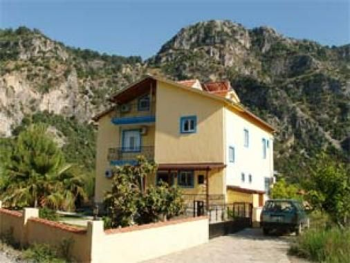 Meltem Apartment - top floor one bedroom apartment in Okcular- just outside Dalyan with shared pool and mountain views.Available for long term rental
