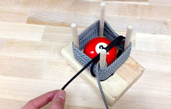 Paracord Projects: How to make a giant monkey fist with a pool ball