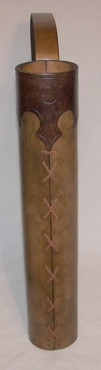 Instructions for making a basic tubular quiver with an attached baldric. Highly modifiable.