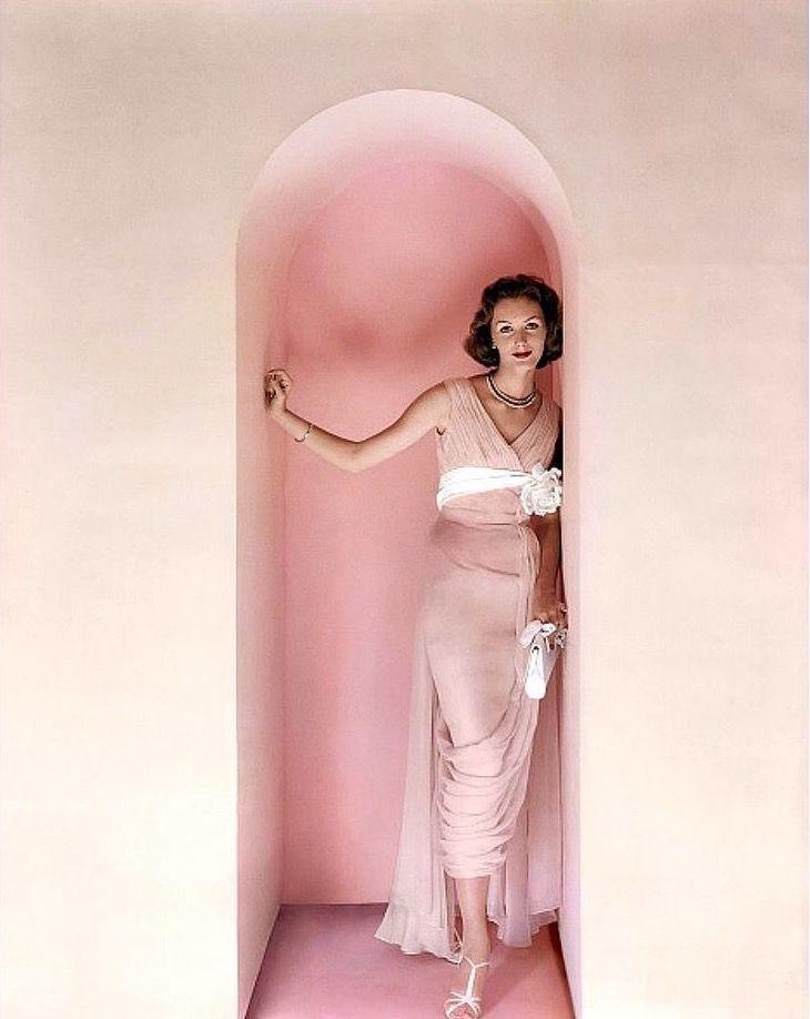 Lucinda Hollingsworth, photo by Richard Rutledge, Vogue 1956   flickr skorver1