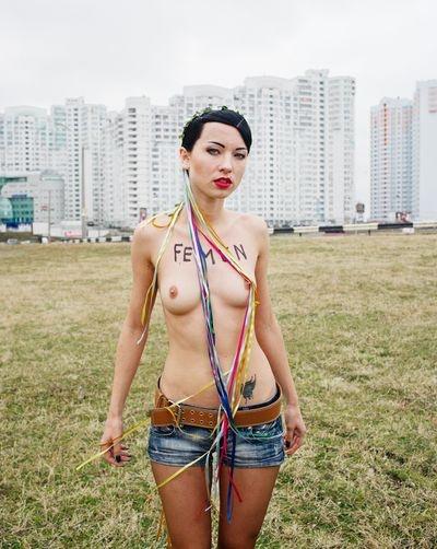 THE NEW AMAZONS // Guillaume Herbaut    FEMEN, THE UKRAINIAN TOPLESS FEMINIST GROUP
