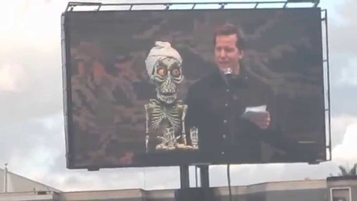 Tour for the troops: Jeff Dunham and Akhmed