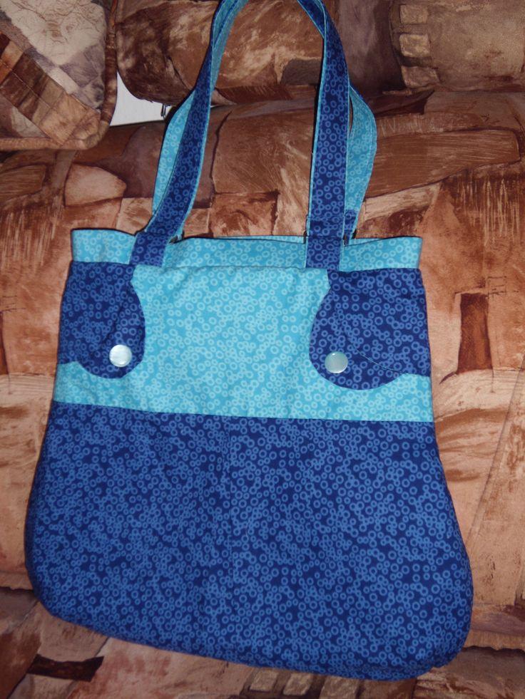 taška v modrém provedení