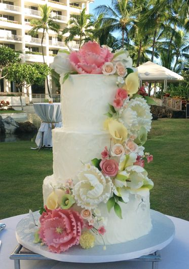 3 tier wedding cake with cascading flowers 1000 images about textured buttercream on 10340