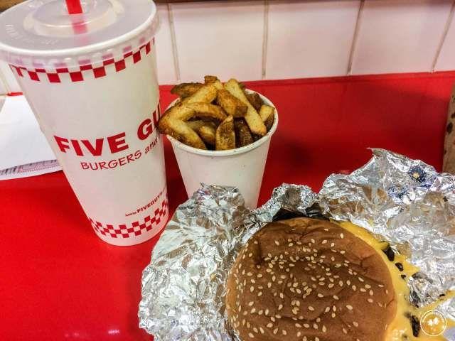 comida Five Guys Burger