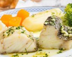Dos de cabillaud à la crème légère à l'ail : http://www.fourchette-et-bikini.fr/recettes/recettes-minceur/dos-de-cabillaud-la-creme-legere-lail.html