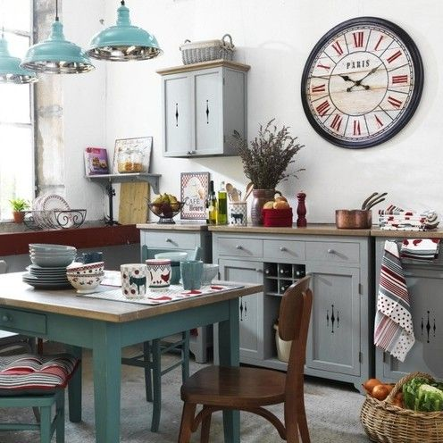 449 best decorating with clocks images on pinterest for Decoration de cuisine retro