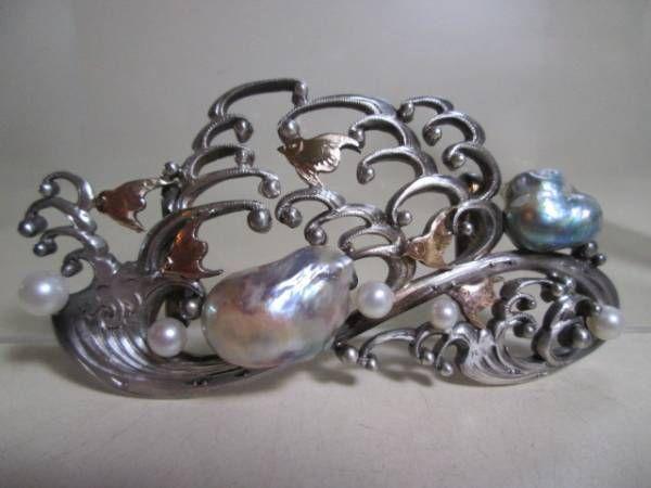 【江月】アンティーク・銀製彫金細工波に千鳥の南洋真珠の帯留め_画像1