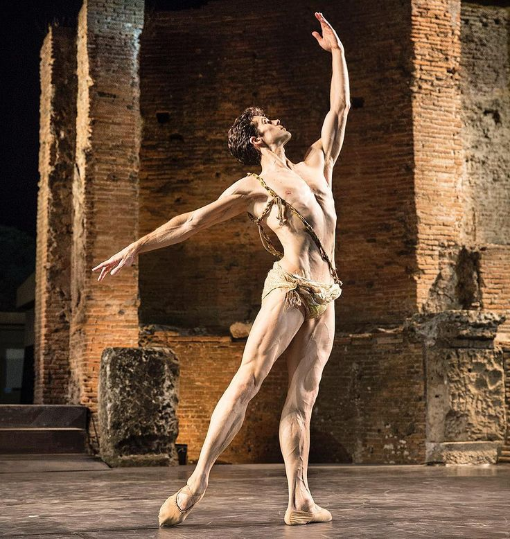 "Roberto Bolle (Teatro alla Scala), ""Excelsior"" choreography by Luigi Manzotti, Teatro Grande, Pompei, Italy, 2015 Bolle Tour - Photographer Luciano Romano  Source and more info at: Roberto Bolle on Instagram (https://www.instagram.com/robertobolle/)"