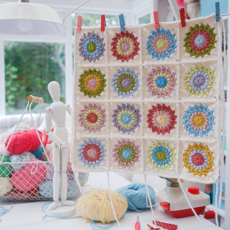 Modern Häkelarbeitblume Oma Quadratisches Muster Frei Ensign - Decke ...