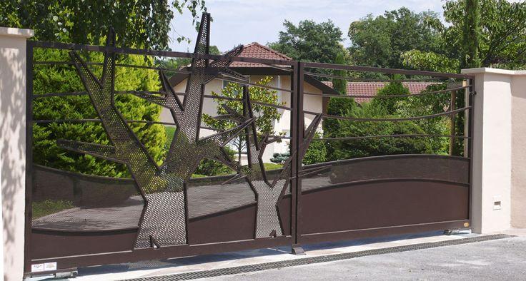 portail paysage acier arbre motorisation design art gates porte. Black Bedroom Furniture Sets. Home Design Ideas