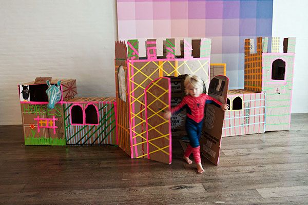 Roundup: 12 Cool DIY Cardboard Playhouses and Toys for Kids » Curbly   DIY Design Community