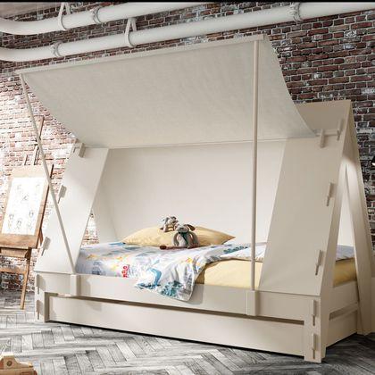 Un lit cabane à la Robinson Crusoé