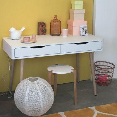 Le bureau Jenny de But : 13 bureaux en bois pour une rentrée studieuse - Journal des Femmes