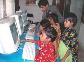 Computer Kids using Oxford Art Online Resource