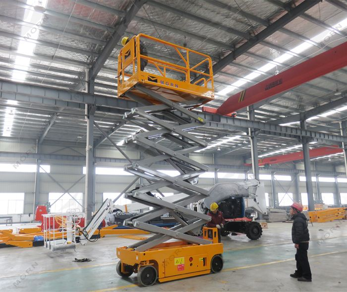 travel test of 12m electric scissor lift