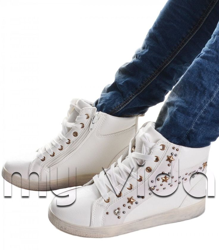 Sneakers con borchie e strass | My Vida