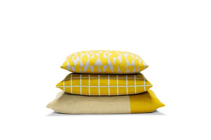 PRODUCT VIEW | If you need high res images of the Danish label FUSS knitted pillows and plaids or like to borrow products to fotoshoot then please to contact us           …