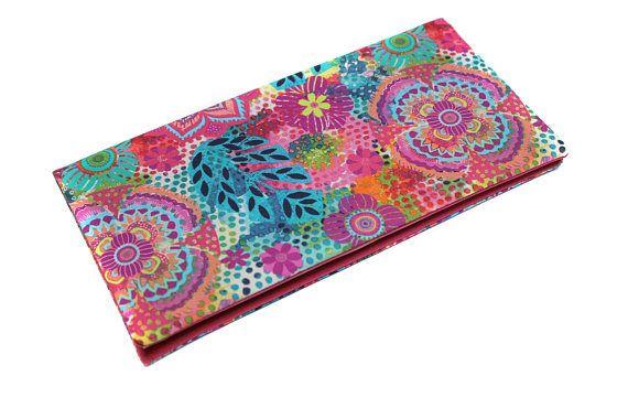 étui livret de famille en tissu coloré - rose et multicolore