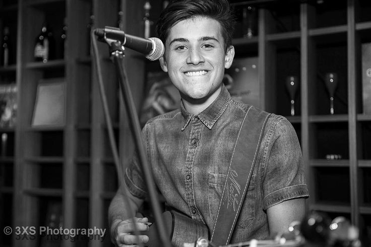 """""""// that awkward look to camera mid performance @weareinstereo"""""""