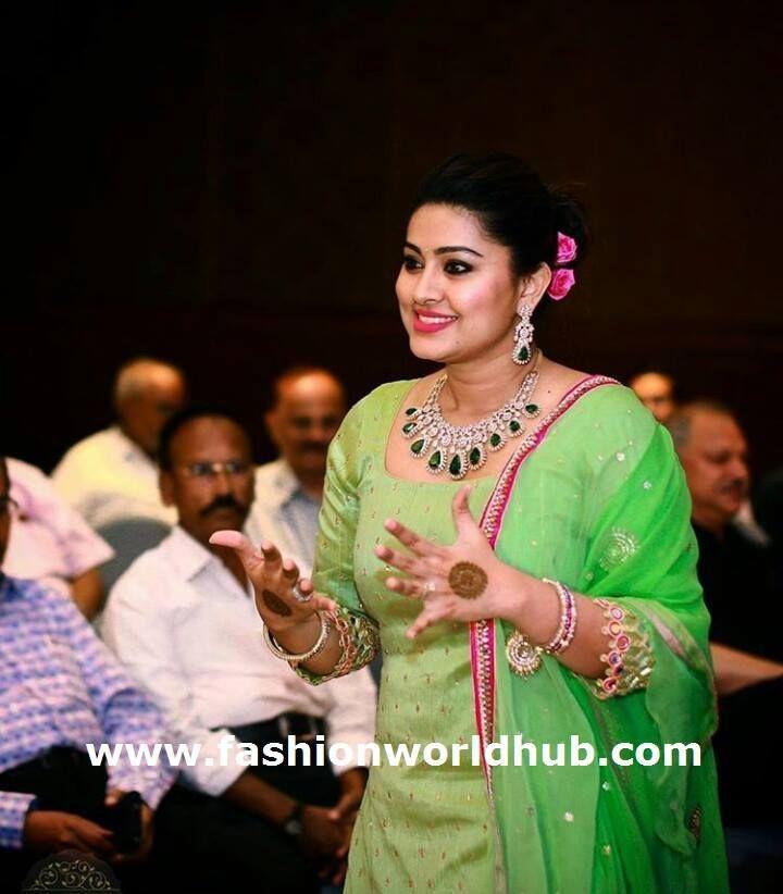 Sneha in Diamond Jewellery | FashionWorldHub.com