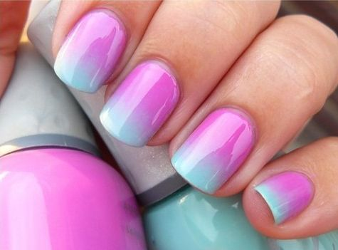 Blue and pink ombré nails.