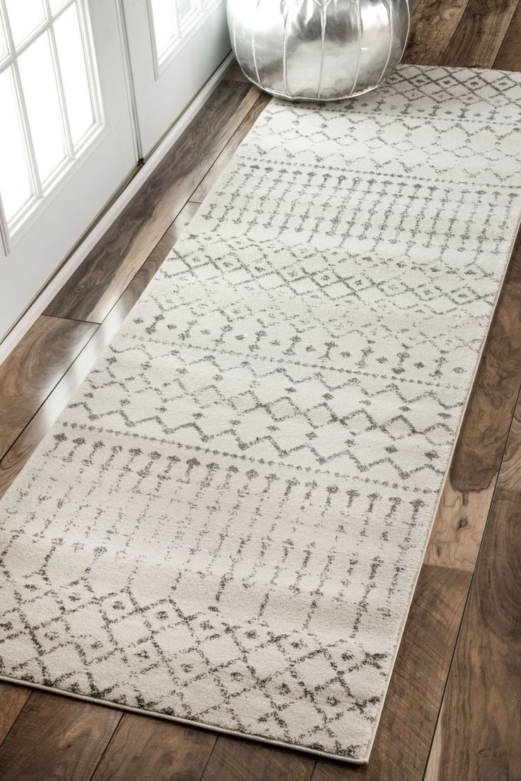 Best 25 hallway rug ideas on pinterest entryway runner for Contemporary runner rugs for hallway
