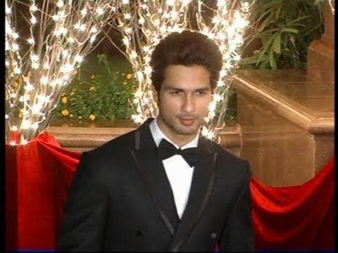 Shahid Kapoor at Karan Johar's birthday party.