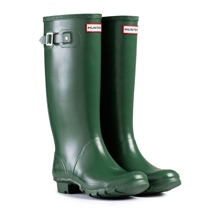 Huntress - Green | Hunter Boot    Just got these and I am OBSESSED!