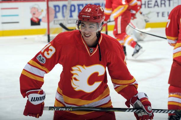 Johnny Gaudreau of the Calgary Flames skates in the warmups before an NHL game against the Los Angeles Kings on March 19 2017 at the Scotiabank...