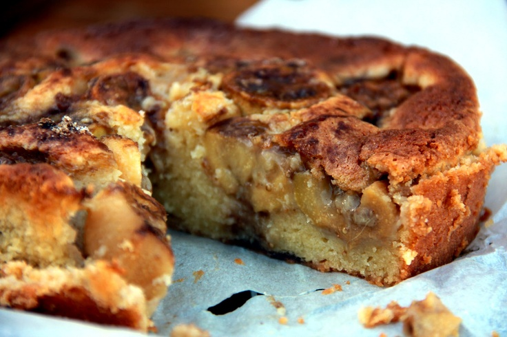 Fejoa and almond cake from With Love, Mags.