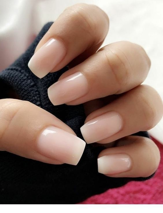 25 + › Schöne rosa Nägel – süße Art