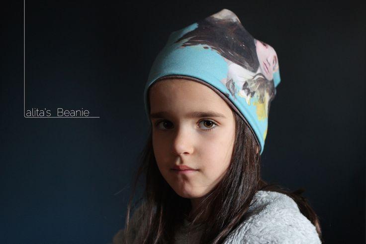 Kids beanies created by Lalita's Art Shop.à