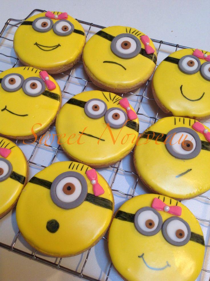 Girl Minion Cookies
