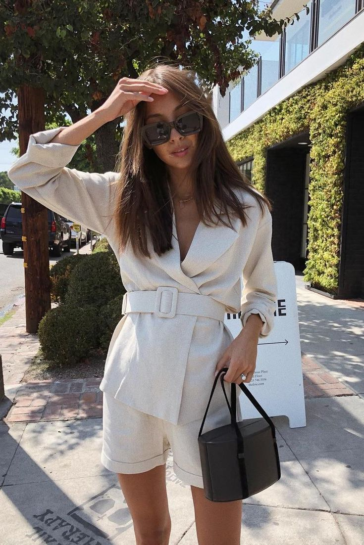 15+ Minimalistic Outfits For Spring – #Minimalistic #Outfits #Spring #styles