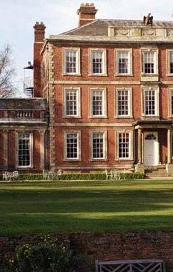 Middlethorpe Hall Hotel, York England.                                 ☆MïăÅņňą☆》