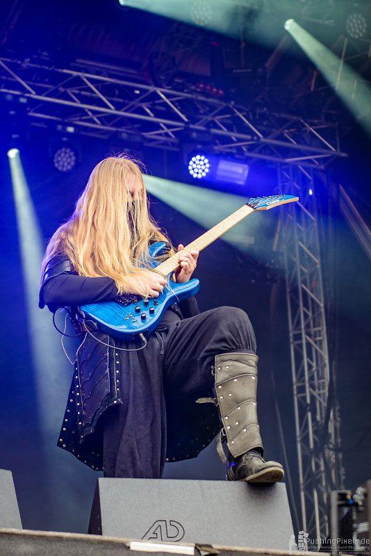 Lynd - Twilight Force ⚫ Photo by Markus Felix, Pushingpixels.de ⚫ Rockharz 2016 ⚫ #TwilightForce #music #metal #concert #gig #musician #Lynd #guitar #guitarist #mask #ninja #armour #armor #leather #blond #longhair #festival #photo #fantasy #magic #cosplay #larp #man #onstage #live #celebrity #band #artist #performing #Sweden #Swedish #Rockharz