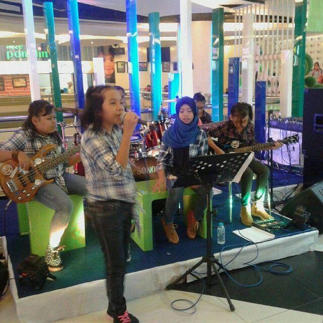 Dara Band