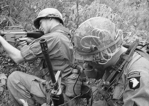 1969 - US soldiers of the 101st Airborne Division during the Battle of Hamburger Hill.