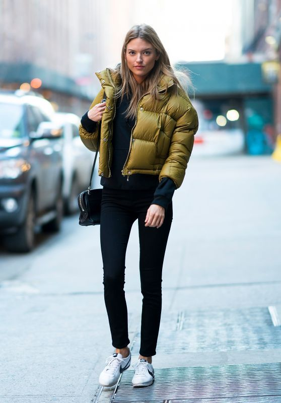 Martha Hunt Street Style - Out in Chelsea, NYC
