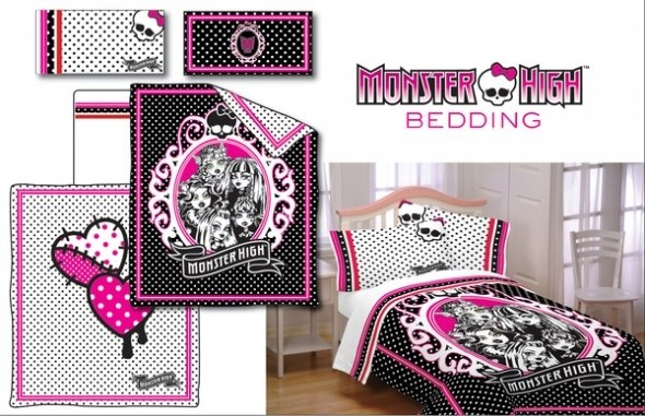 MOnster HIgh Bedding need this for Roxies bedroom!