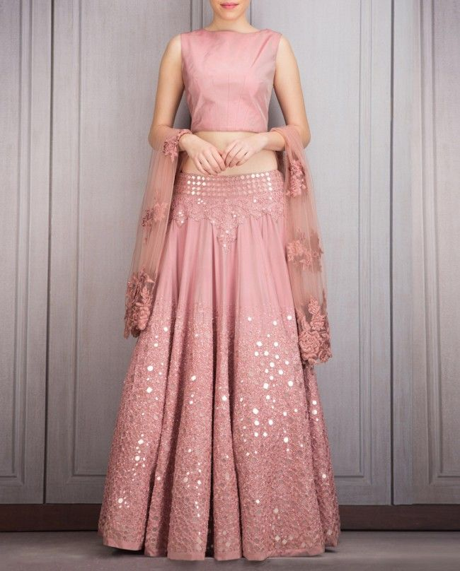 Oh dusty pink, how art thou so pretty! - Manish Malhotra lehenga