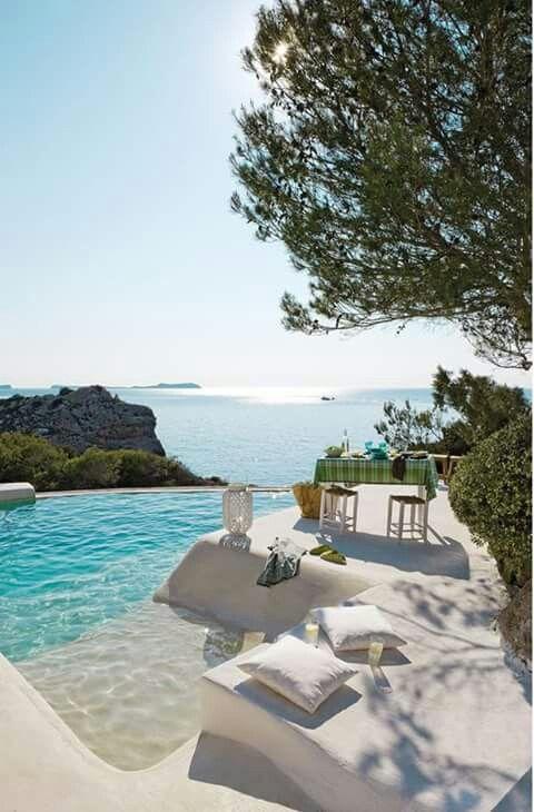 """At """"Víla Me Tis Petaloúdes""""(""""Villa Of The Butterflies"""") Our villa on Santorini, Greece."""