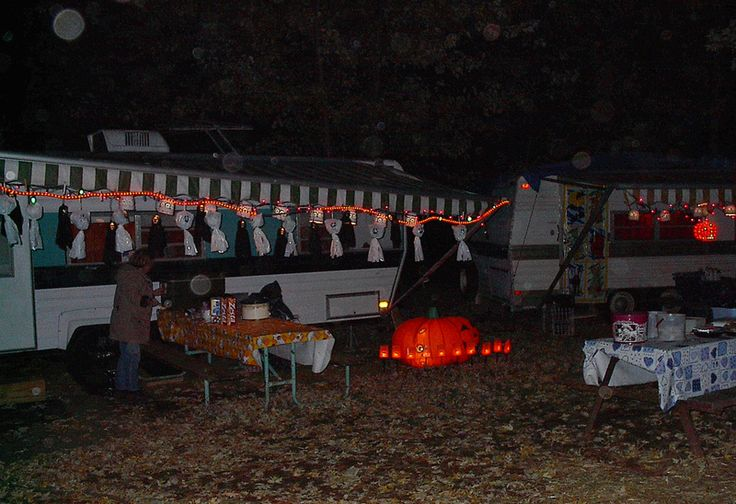17 Best images about Halloween In Your RV on Pinterest  ~ 154003_Rv Decorating Halloween Ideas