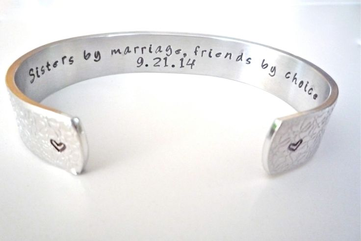 Sister-in-law Present,  Bridesmaid Gift, Customize Your Message-Personalized Bracelet, by TheSilverSwing von TheSilverSwing auf Etsy https://www.etsy.com/de/listing/203516037/sister-in-law-present-bridesmaid-gift