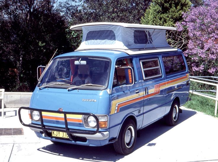 Trakka Bronco | 70s model Toyota Hiace adventuremobile
