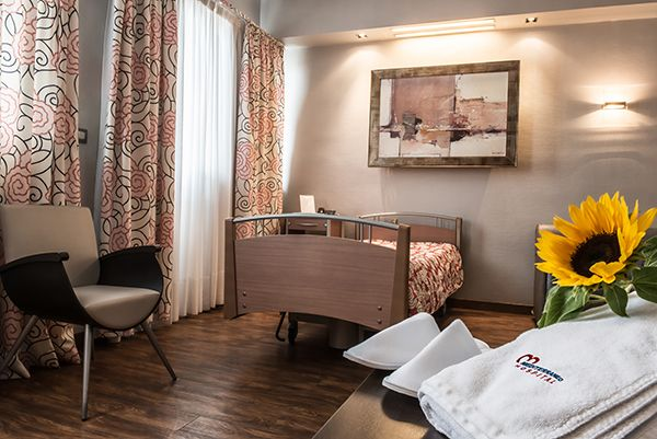 Mediterraneo Hospital | Boutique Hospital in Athens Greece | Your first choice for health and medical services in Athens Greece | Ένα από τα ποίο σύγχρονα και μοντέρνα Νοσοκομεία στην Αθήνα.