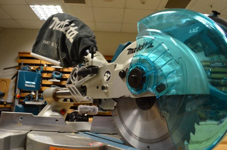 Makita BLS713RFE 18V Li-ion Slide Compound Mitre Saw  http://www.toolstop.co.uk/makita-bls713rfe-18v-li-ion-slide-compound-mitre-saw-2-batteries-p14630