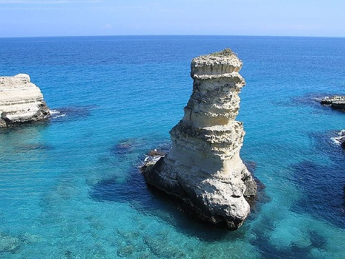 Torre.s.andrea by carlosalento56, via Flickr  www.pugliaevents.it
