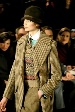 416 best Women Wearing Ties images on Pinterest